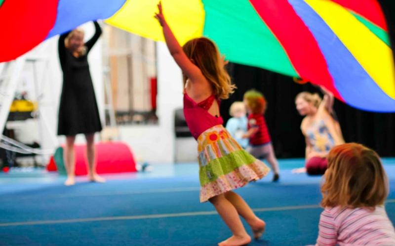circus-arts-byron-bay-kinder-circus-class-2-1080x675-800x500-q100