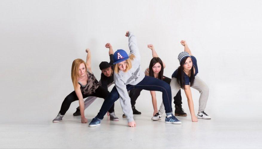 hiphop-dance-kids-877x500-q100